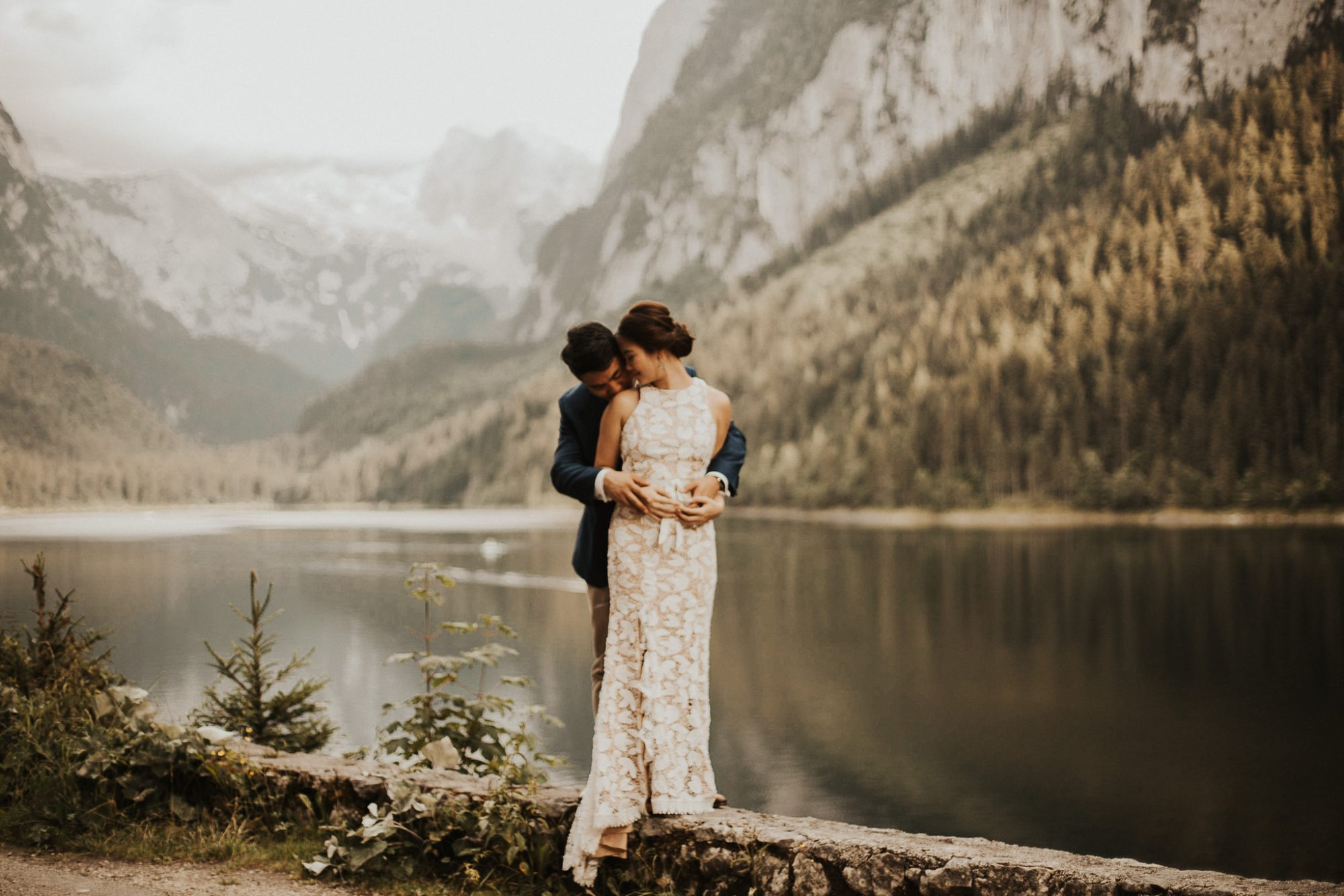 Hallstatt wedding elopement in austria