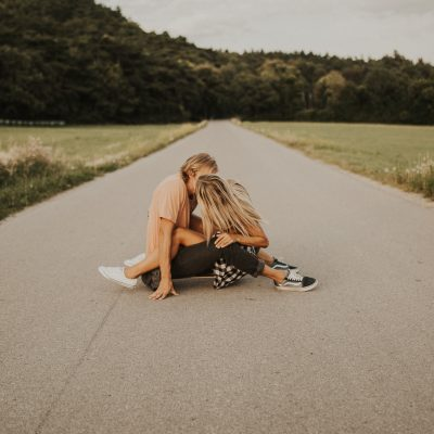 Skateboard couples session